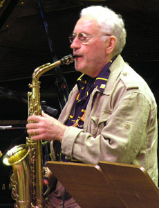 Lee Konitz on stage